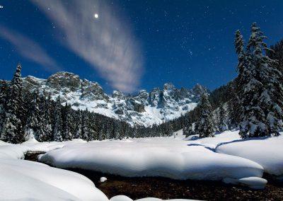 venegia-notte-grotto
